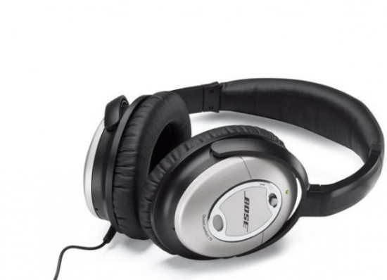 Mai più rumore esterno. Cuffie Bose QuietComfort 15 Acoustic Noise ... 794f9ef64fbe