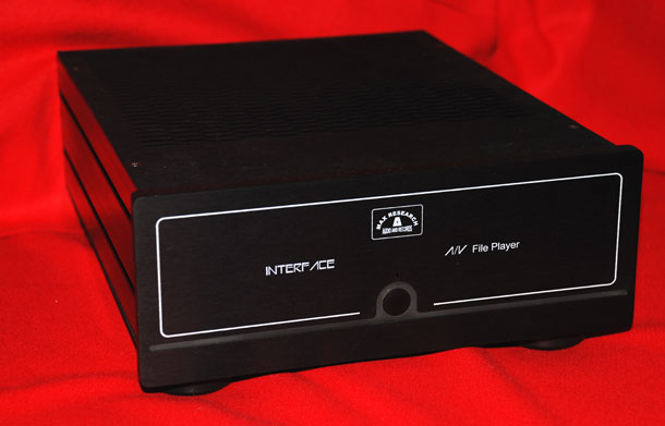 interface-AV-black