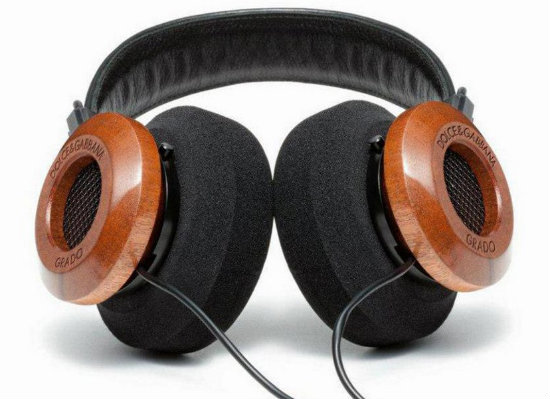 DS2012-Dolce-Gabbana-Headphones-by-Grado