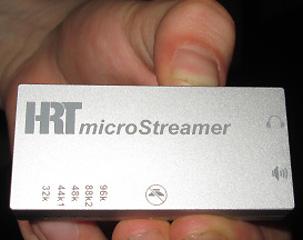 HRT-Microstreamer-mano