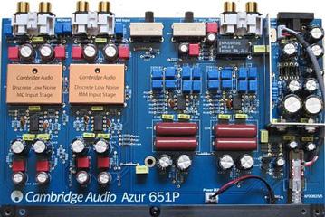 Cambridge-Audio-Azur-651P-interno
