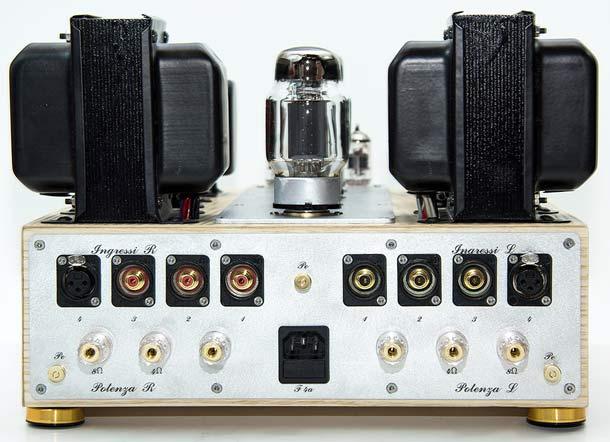 Audiofilia-AF-Int-2-rear
