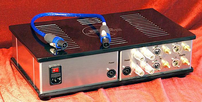 bluemonn-audio-technology-amp-x2-m-rear