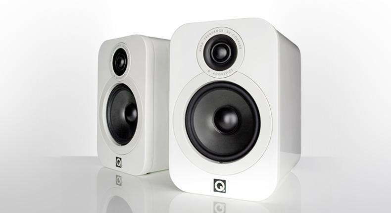 Q Acoustics 3020 white