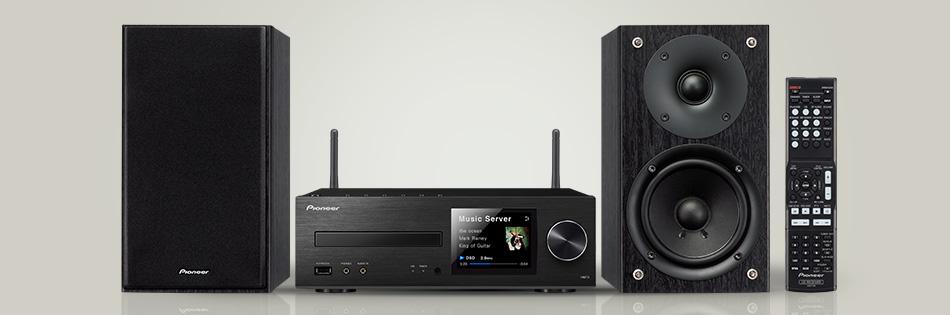 pioneer X-HM72-music server
