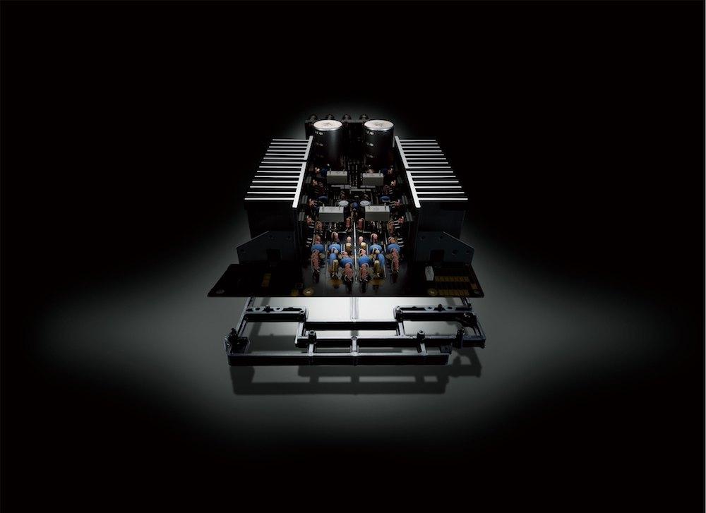 Yamaha A-S701 inn